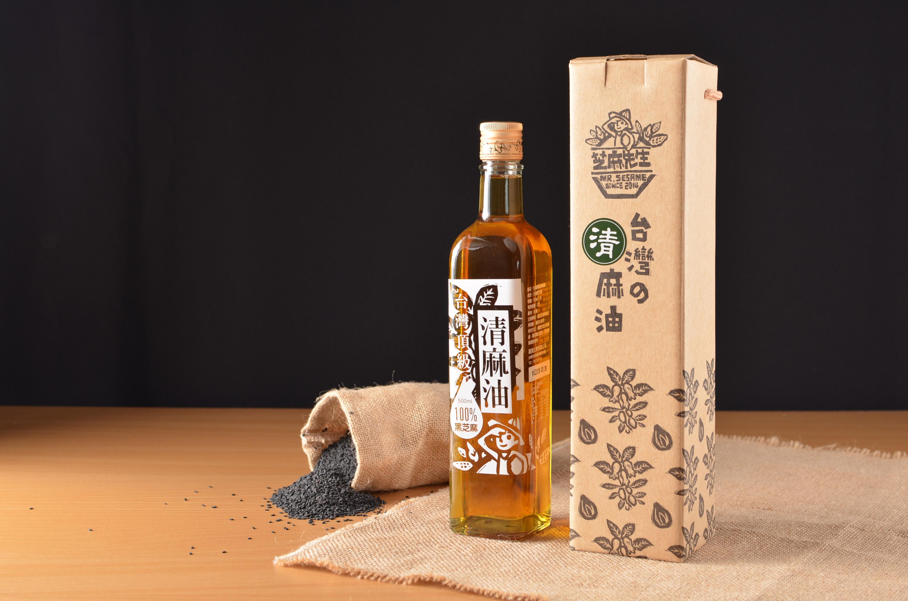 台灣頂級黑芝麻清麻油(500ml)